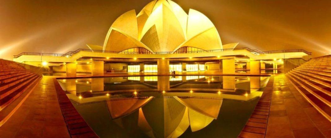 Ο ναός του Λοτού - Lotus Temle - sfagi.